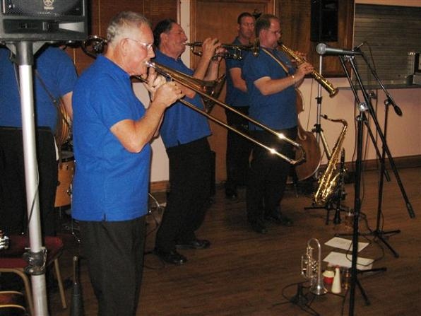 Dart Valley Stompers at the New Yellow Dog Jazz Club, Eastleigh, 30th July 2011